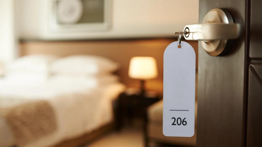 Принесите любимые снеки: несколько советов, как сделать гостиничный номер похожим на дом