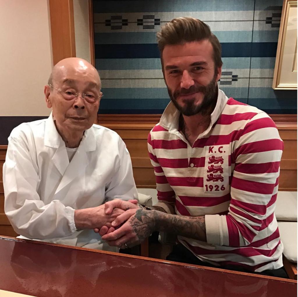 Лучший суши-ресторан мира в Токио исключили из гида Мишлен после того, как в него начали пускать только VIP-публику