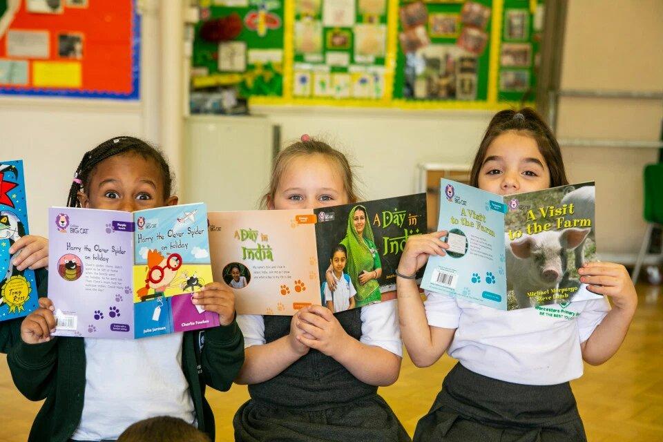 Книжный кризис: сотни тысяч британских детей не читают книги