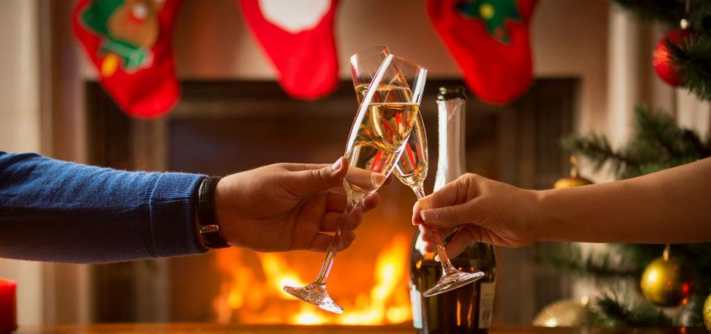 Эксперт по отношениям Сара Дэвисон рассказала, что должны делать все пары, чтобы выдержать испытание праздниками