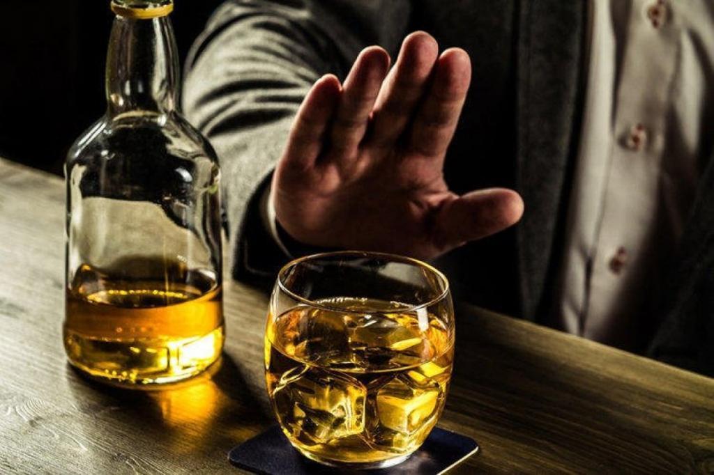 Алкоголь и абонемент в спортзал: что нужно перестать покупать, чтобы сэкономить реальные деньги