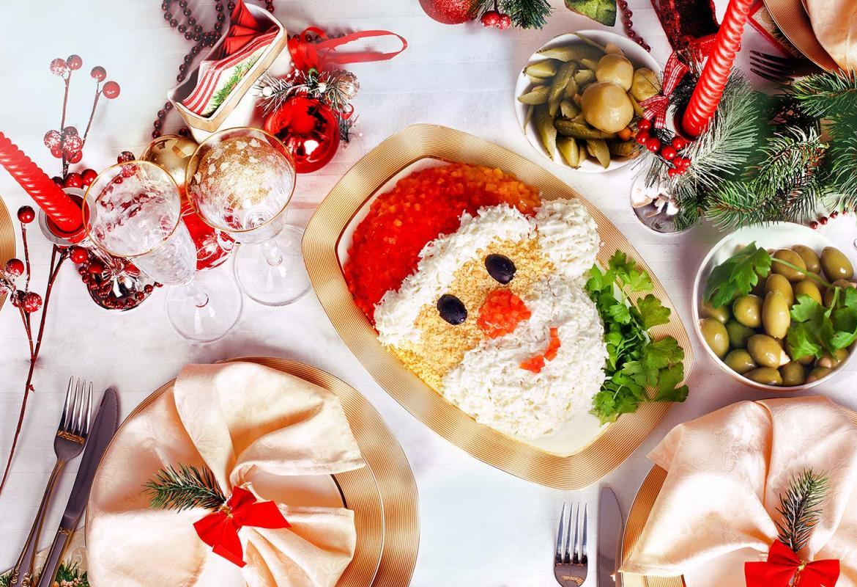 35 лучших идей для украшения блюд новогоднего стола