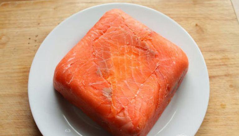 Террин с копченым лососем и сливочным сыром — лучшее блюдо на Новый год. Готовлю по французскому рецепту
