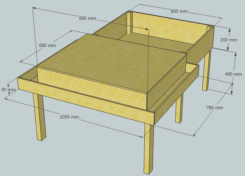 Наши дети обожают собирать конструкторы Lego: муж даже сделал им специальный стол, чтобы было удобнее играть и строить