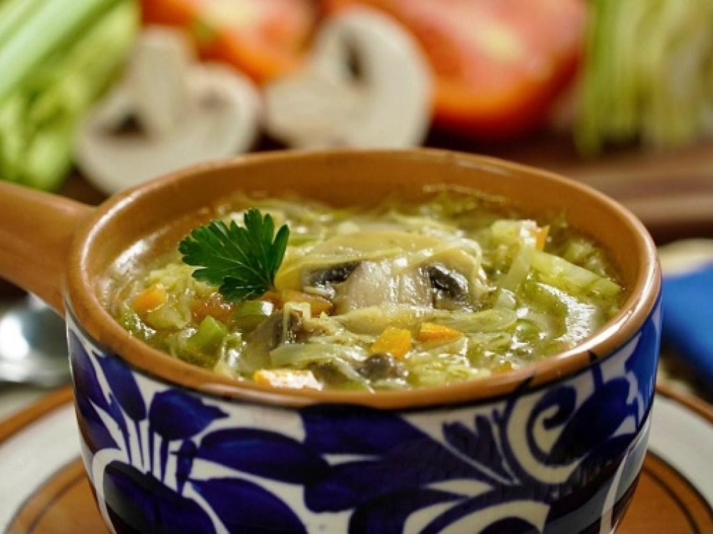 Капустный суп: вот лучший рецепт, который я узнала от итальянской бабушки