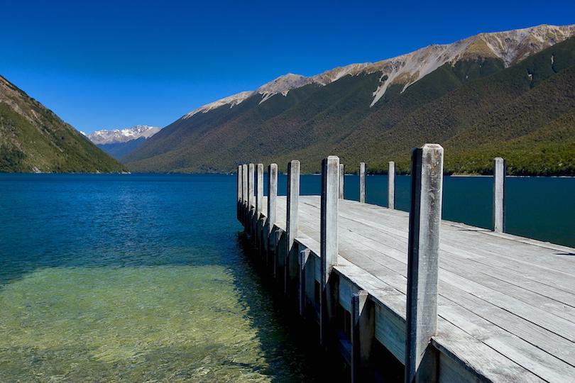 10 самых красивых озер в Новой Зеландии: почему озеро Ротоити так популярно среди отдыхающих