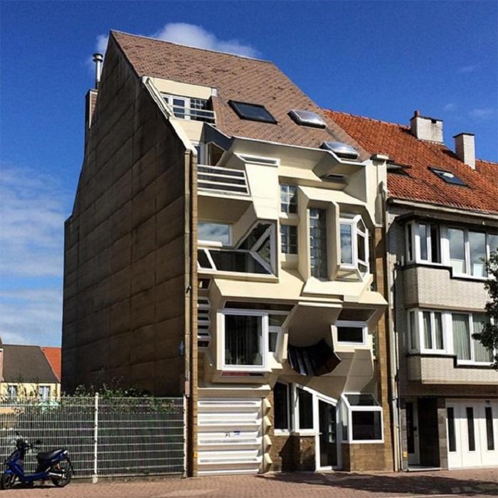 Инстаграм блогер запечатлевает необычные дома по всему миру: 10 уникальных зданий с причудливыми формами (фото)