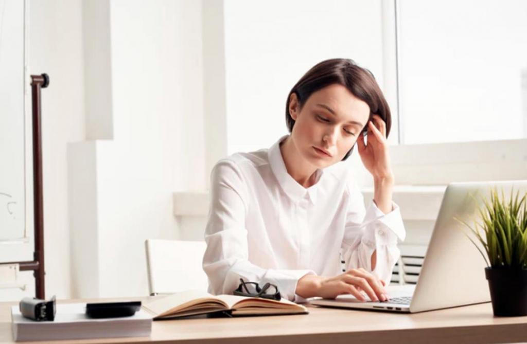 Нерешительность, неспособность расслабиться и другие скрытые признаки беспокойства и депрессии