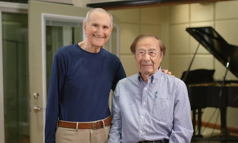 Пожилые люди заслуживают наслаждения новой музыкой так же, как и все остальные : джазовый пианист и поэт объединились, чтобы создать музыку для стариков