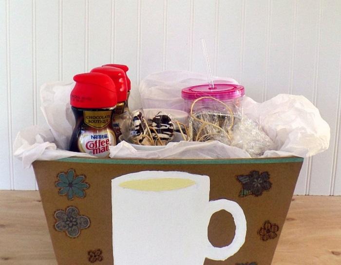 Я обожаю делать подарочные корзинки, даже если нет особого повода: идеи на все случаи жизни