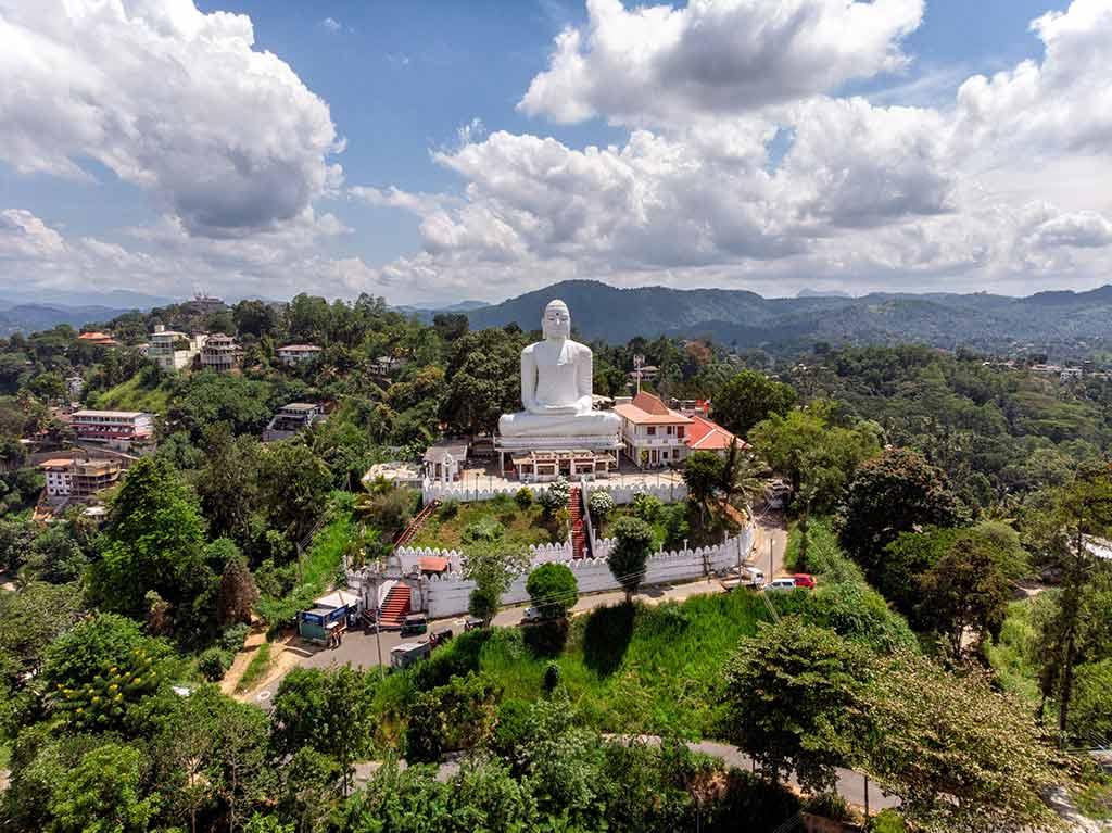 Канди - город древних королей на Шри-Ланке: что посетить и чем заняться туристу