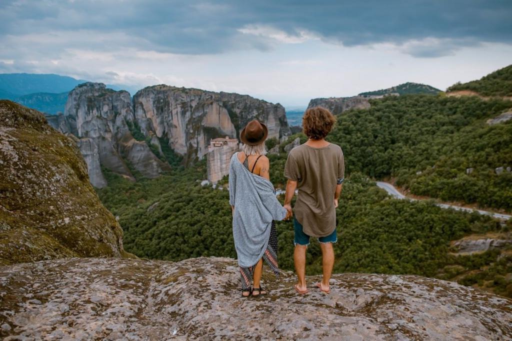 Одни пары расходятся, а другие нет: как путешествия влияют на влюбленных