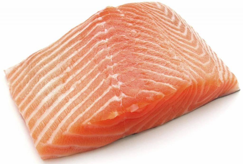 Жареный лосось с вьетнамским карамельным соусом. Вкусно, пальчики оближешь!