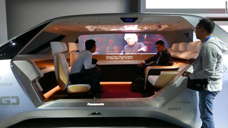 Вращающиеся сиденья и звуковые «пузыри»: как в недалеком будущем будет выглядеть салон автомобиля