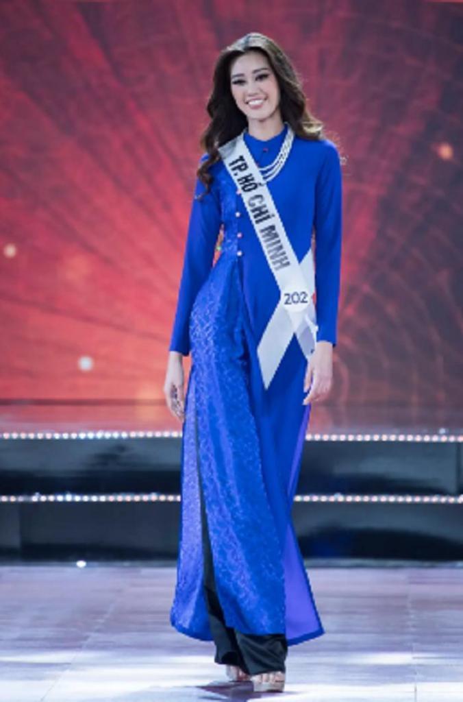 Титул «Мисс Вселенная Вьетнама 2019» завоевала Кхан Ван, у которой есть не менее красивый младший брат: как он выглядит