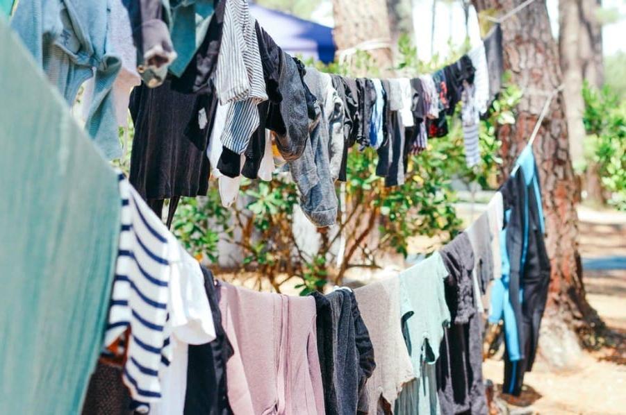 Пожертвовать, продать, утилизировать: 5 способов избавиться от одежды, которую вы больше не хотите носить