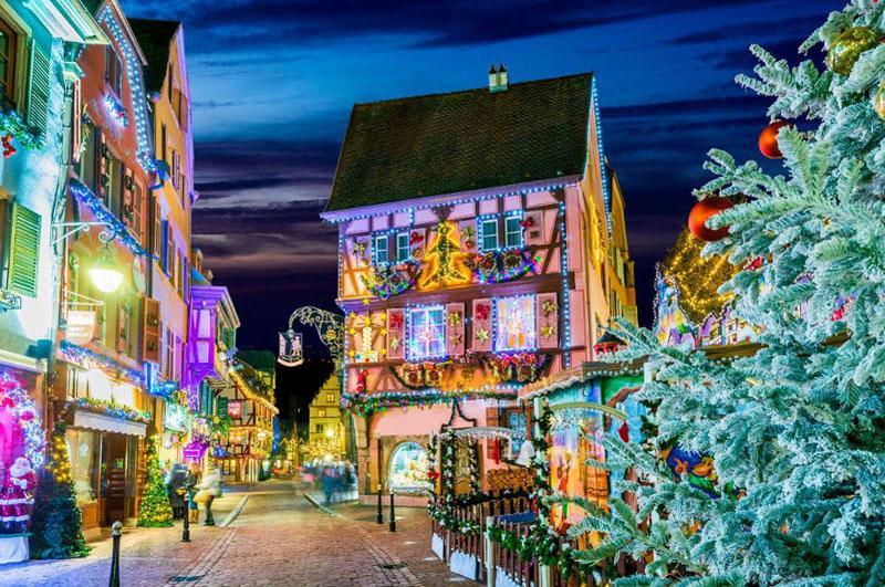 Европа преобразилась к Рождеству: лучшие праздничные базары, которые стремятся посетить туристы