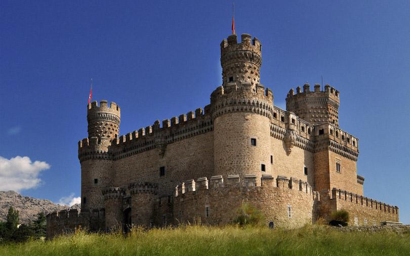 Если вы планируете тур в Испанию: лучшие старинные замки в окрестностях Мадрида, которые можно посетить за день