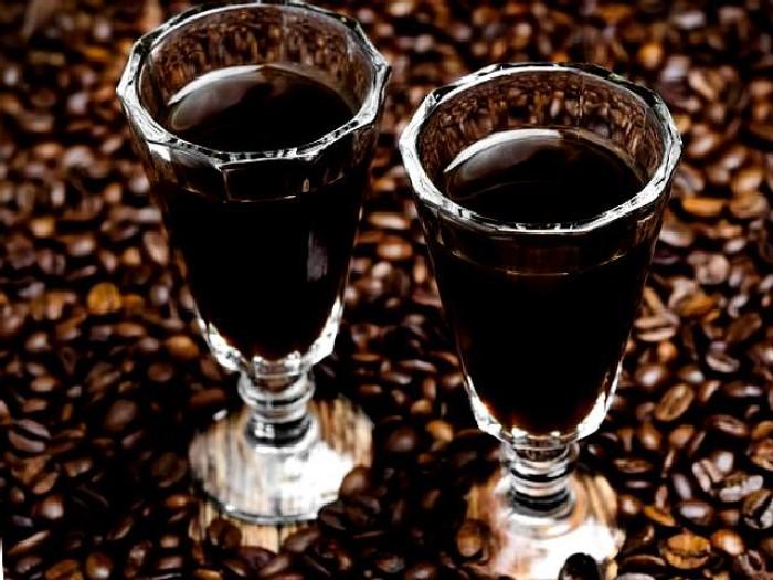 И голова с утра не болит: по праздникам пьем только кофейный ликер, который я готовлю из пива