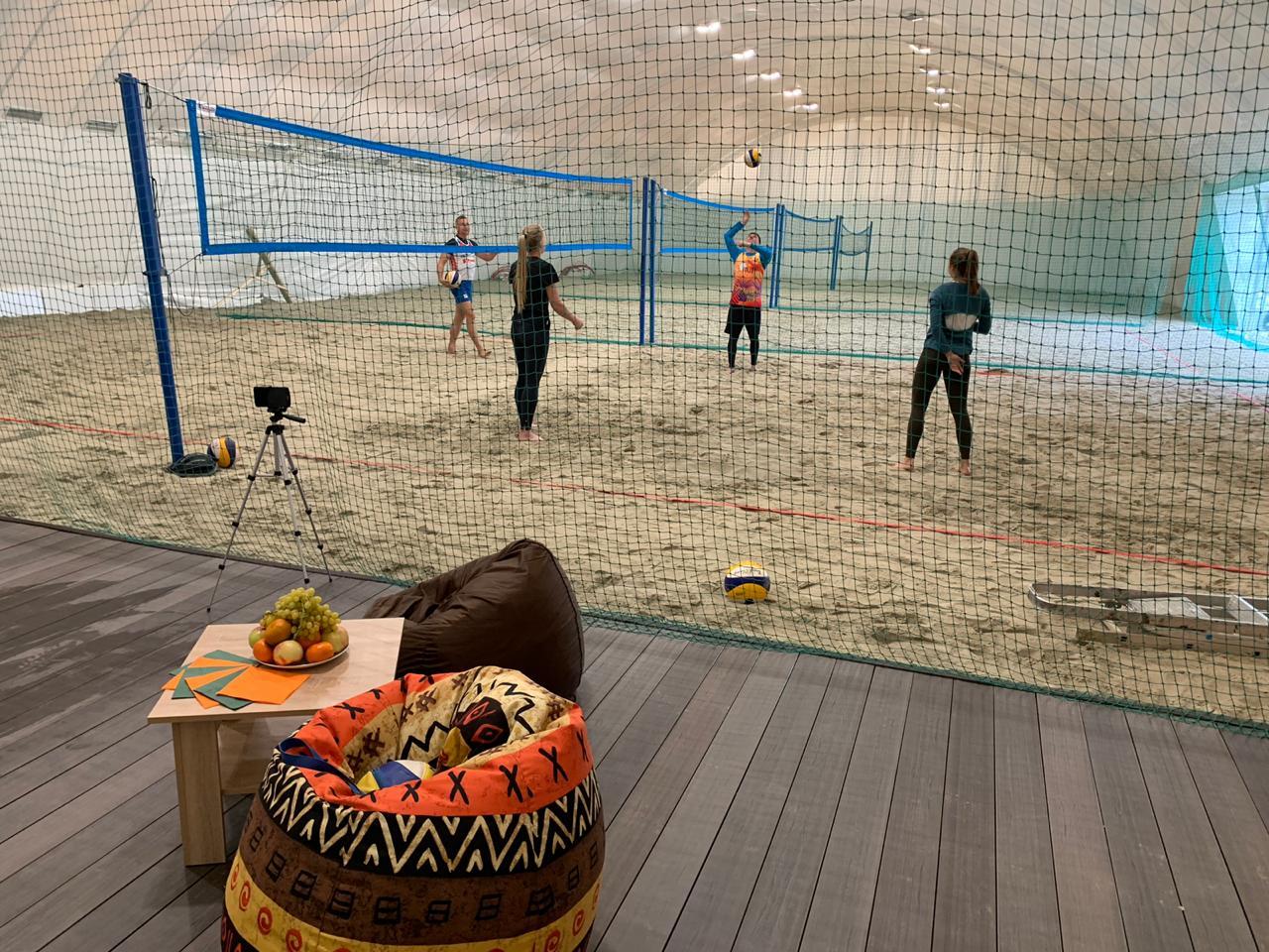 Волейбольные лагеря: играем круглый год