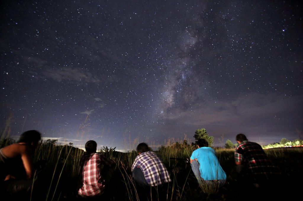 Падающие звезды: лучшие дни в 2020 году для наблюдения за ночным небом