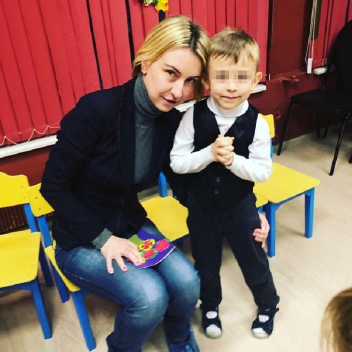Леся Сазыкина заявила, что имеет ребенка от Рыжего из