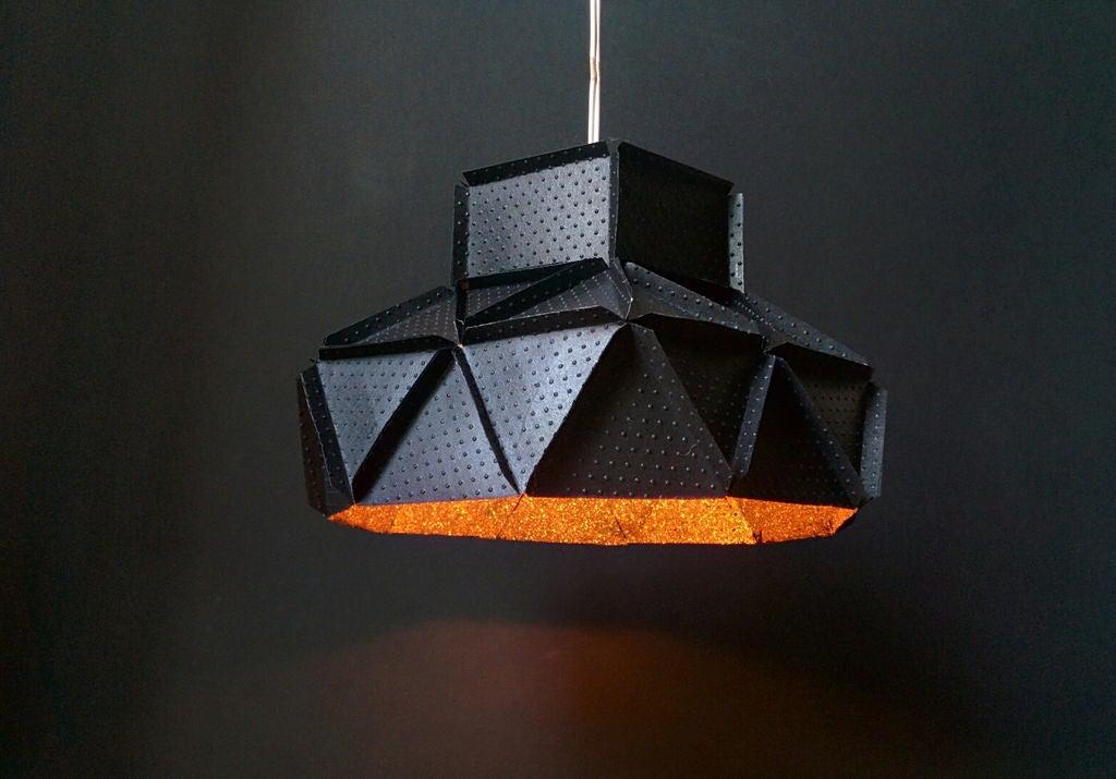 Имитация металлической поверхности: как сделать очень стильную лампу из обычной бумаги