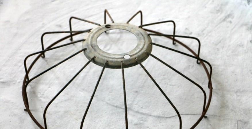 Проще простого: как сделать стильную люстру из сломанного вентилятора за 5 минут