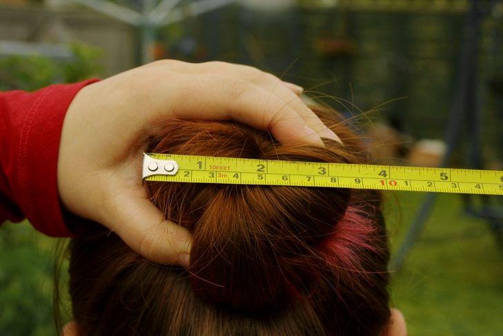 Как самостоятельно сделать оригинальную деревянную заколку для волос из обычной веточки