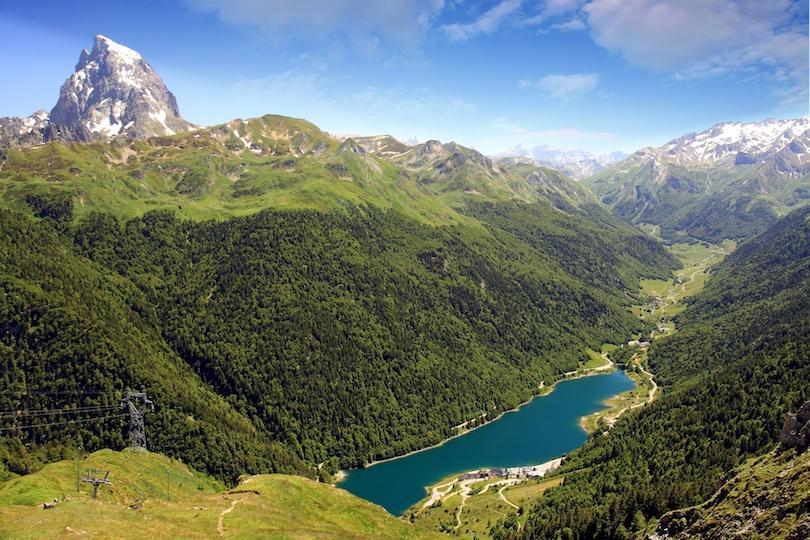 Десять самых красивых национальных парков Франции: чем уникальна природа этой страны