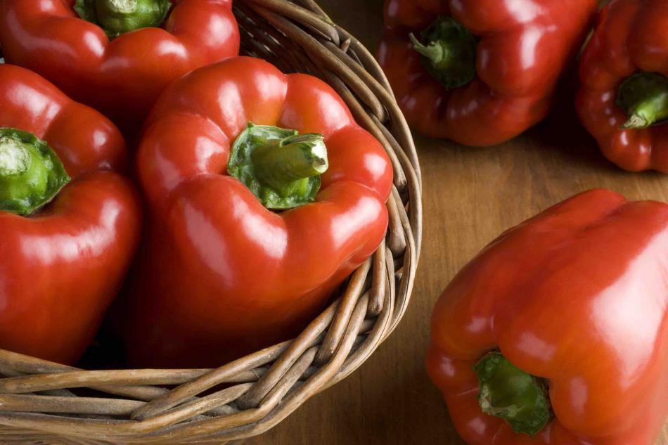 Кресс-салат, шпинат, черника: какие продукты лучше всего борются со старением