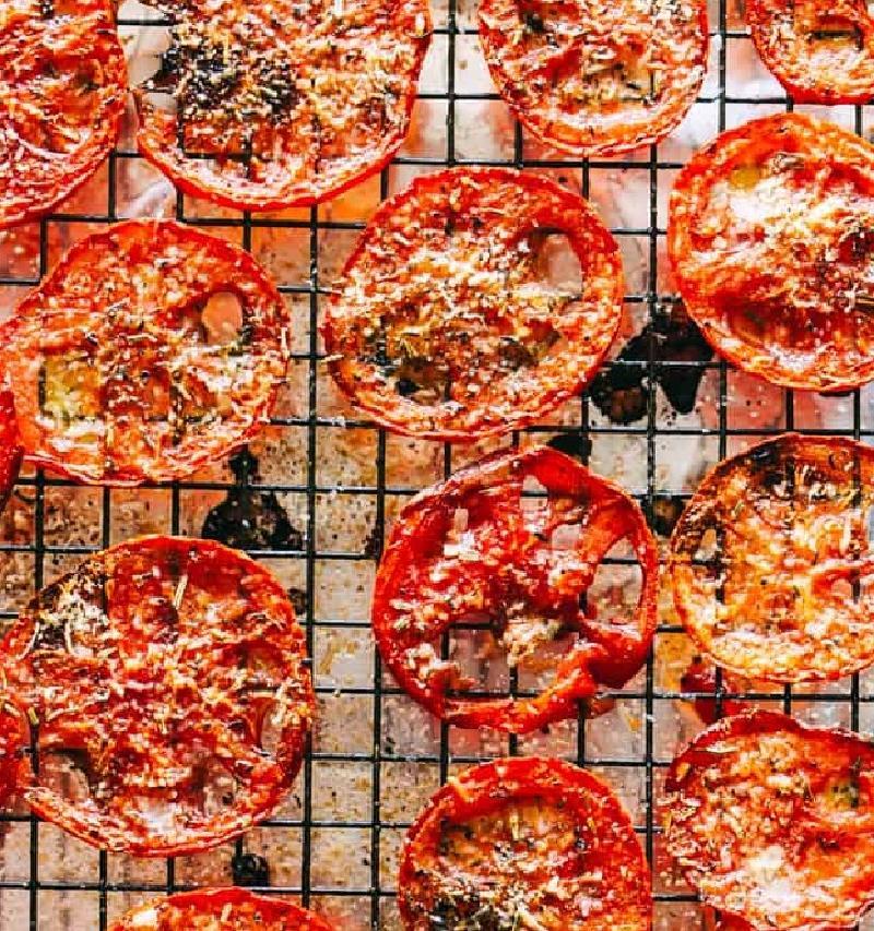 Чипсы делаю из овощей и фруктов круглый год: рецепт сладковато хрустящих томатных чипсов