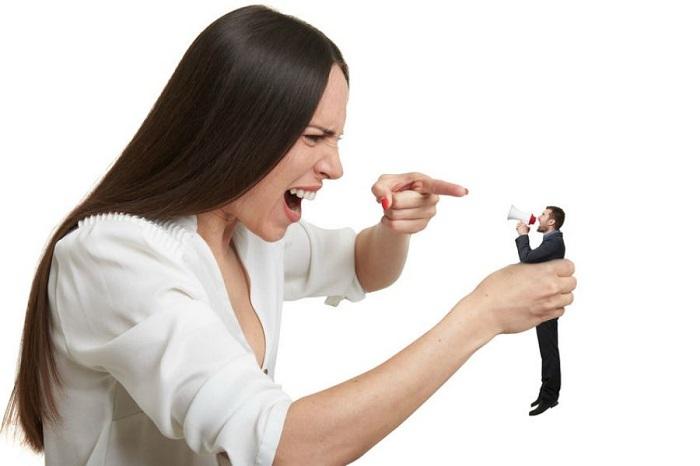 Дейрдре злилась на мужа, что ей приходится делать все самой по дому, пока не увидела его рабочие ботинки