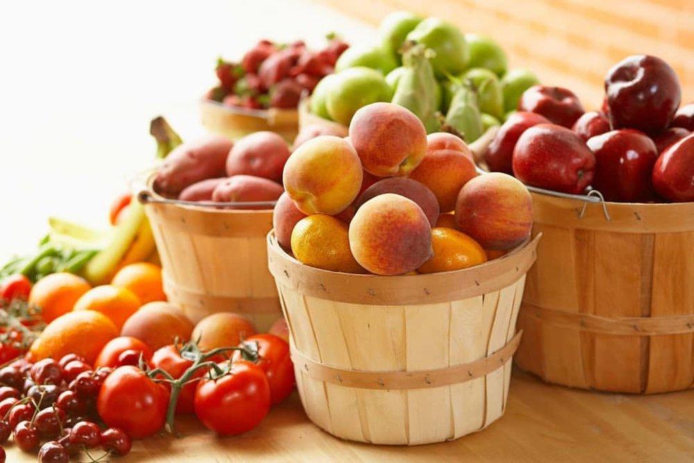 Эксперты в области здравоохранения рассказали, какие соки полезнее для здоровья – фруктовые или овощные