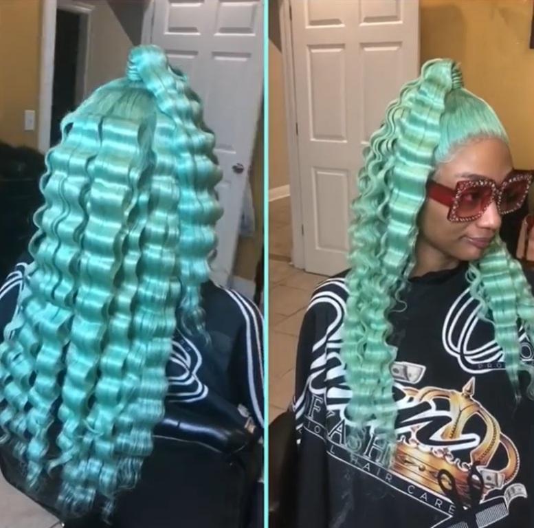 Волны разных размеров и цветов. Талантливый парикмахер делает женщинам роскошные прически (фото)