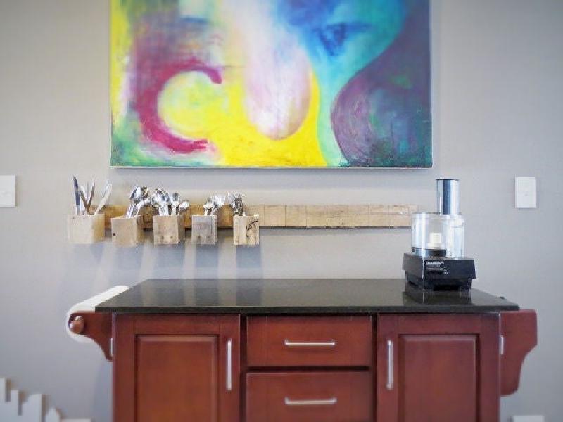 Организовываем кухонное пространство: делаем подставку для столовых приборов своими руками