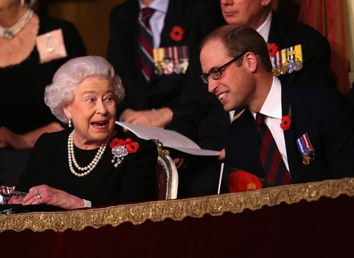 Подарок бабушки: королева Елизавета II пожаловала принцу Уильяму новый титул