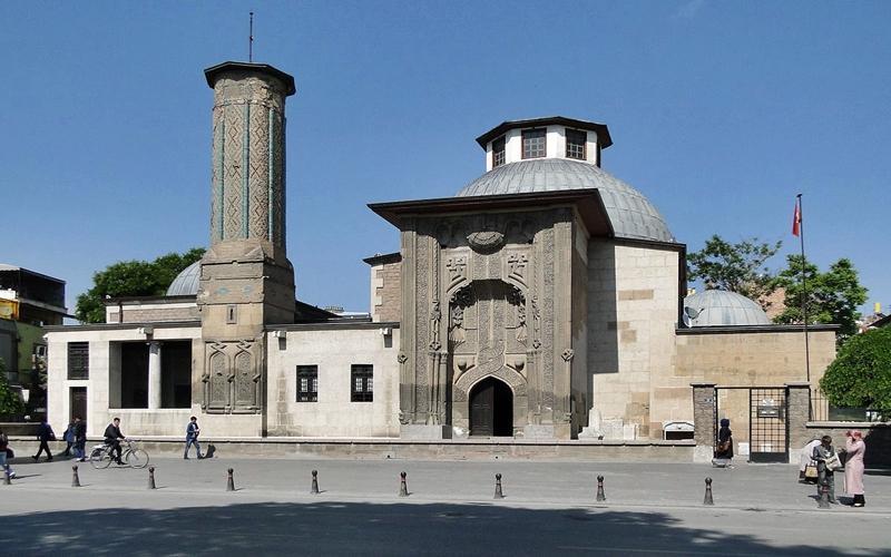 Знакомство с музеем Мевляны: путеводитель для посетителей