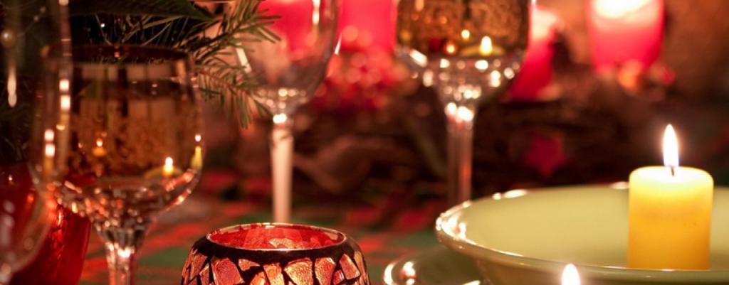Убрать тарелки с фруктами, зажечь свечи: как обстановка в доме помогает убрать лишние сантиметры на талии