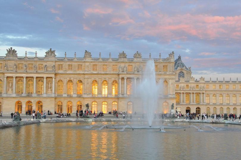 5 самых красивых замков во Франции: почему Версальский замок считается самым известным в стране