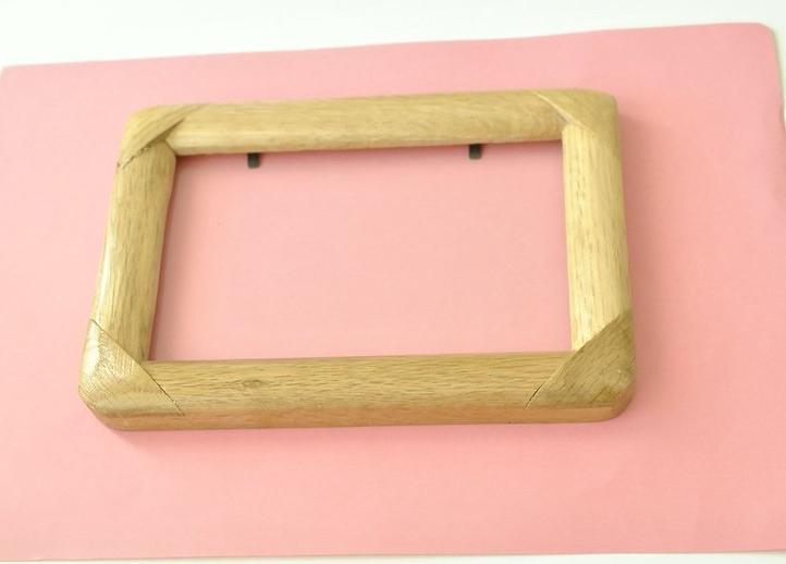 Как украсить простую рамку для фото глиттером: получается красиво и празднично