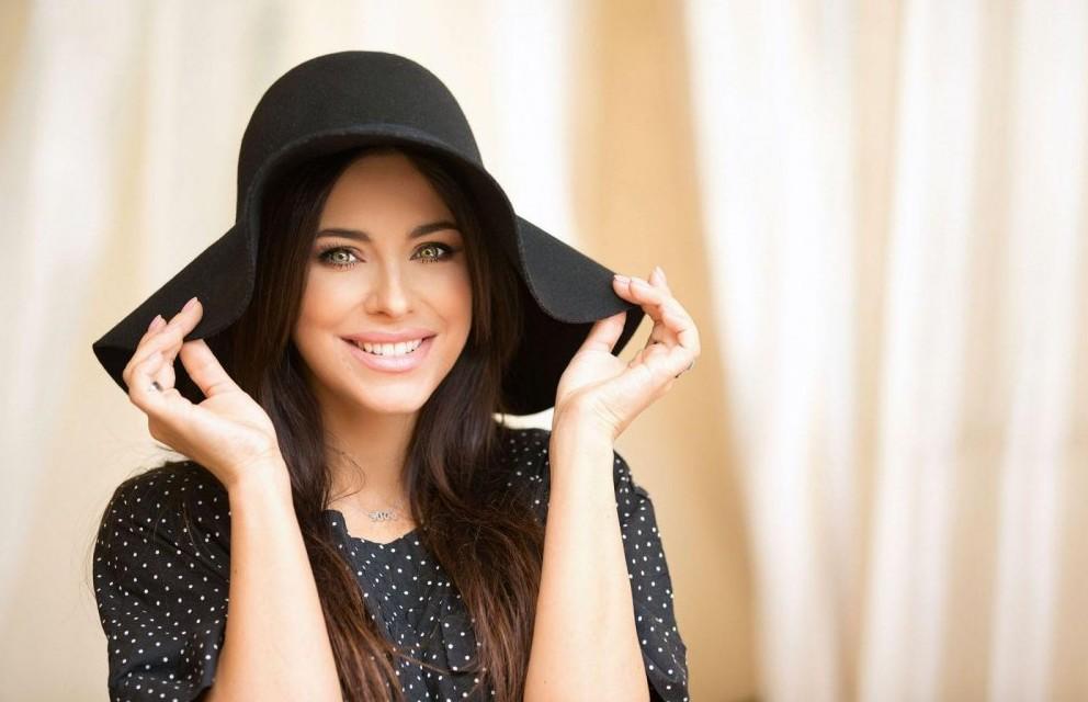 Ани Лорак поделилась бюджетными и бесплатными способами поддержания красоты