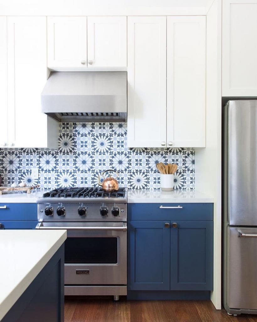Ярко и сочно: оформляем кухонный фартук плиткой в марокканском и мексиканском стиле
