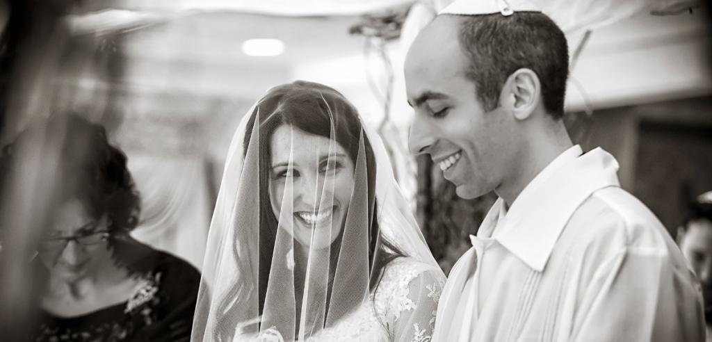 Друзья-евреи пригласили меня на свою свадьбу. Это самое интересное зрелище, которое я видела в своей жизни