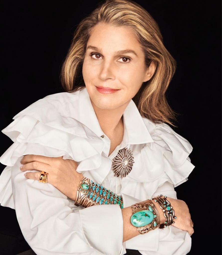 Драгоценности, которые вошли в историю, и их хозяйки: Мариса Беренсон и ее жемчуг, знаменитые бриллианты Глории Вандербилт. А также собственная коллекция Аэрин Лаудер