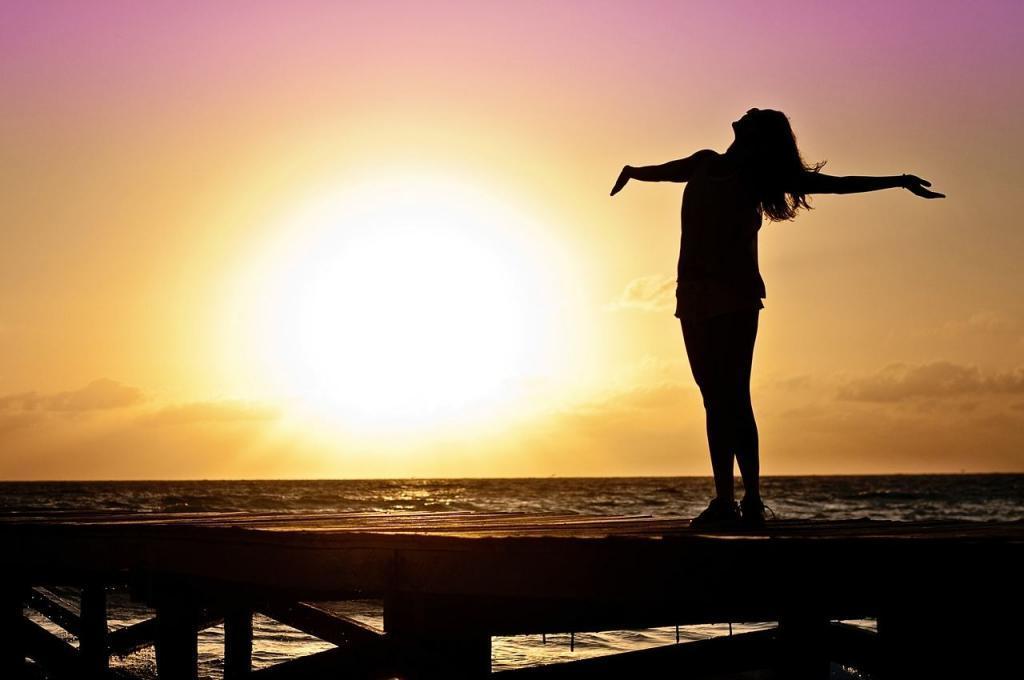 Самообслуживание и уход за собой - это не только красота тела. Все, что способствует вашему благополучию: ментальность, духовность, социальность