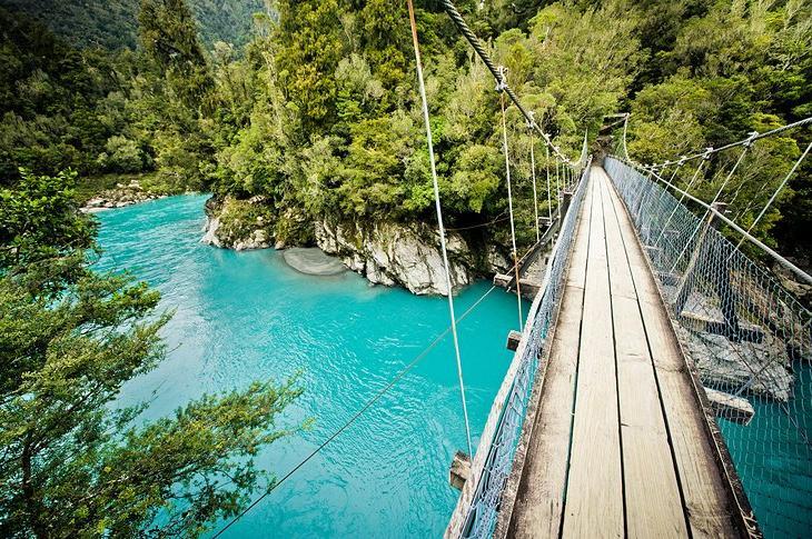 10 самых популярных достопримечательностей на западном побережье Новой Зеландии