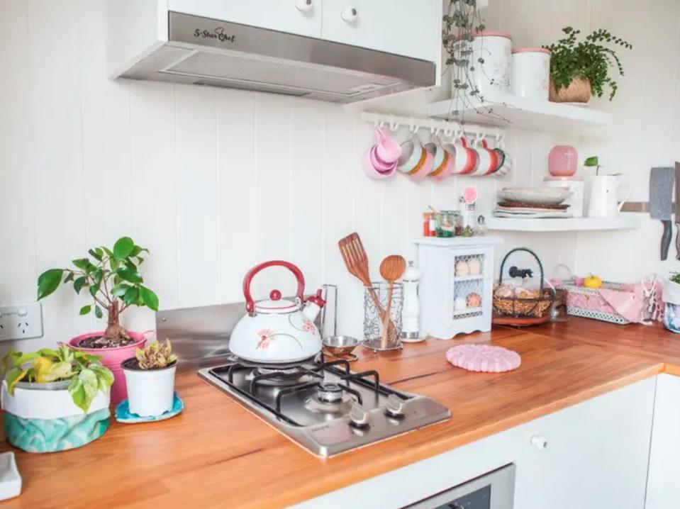 Как организовать маленькую кухню - 10 гениальных примеров удачного дизайна (фото)