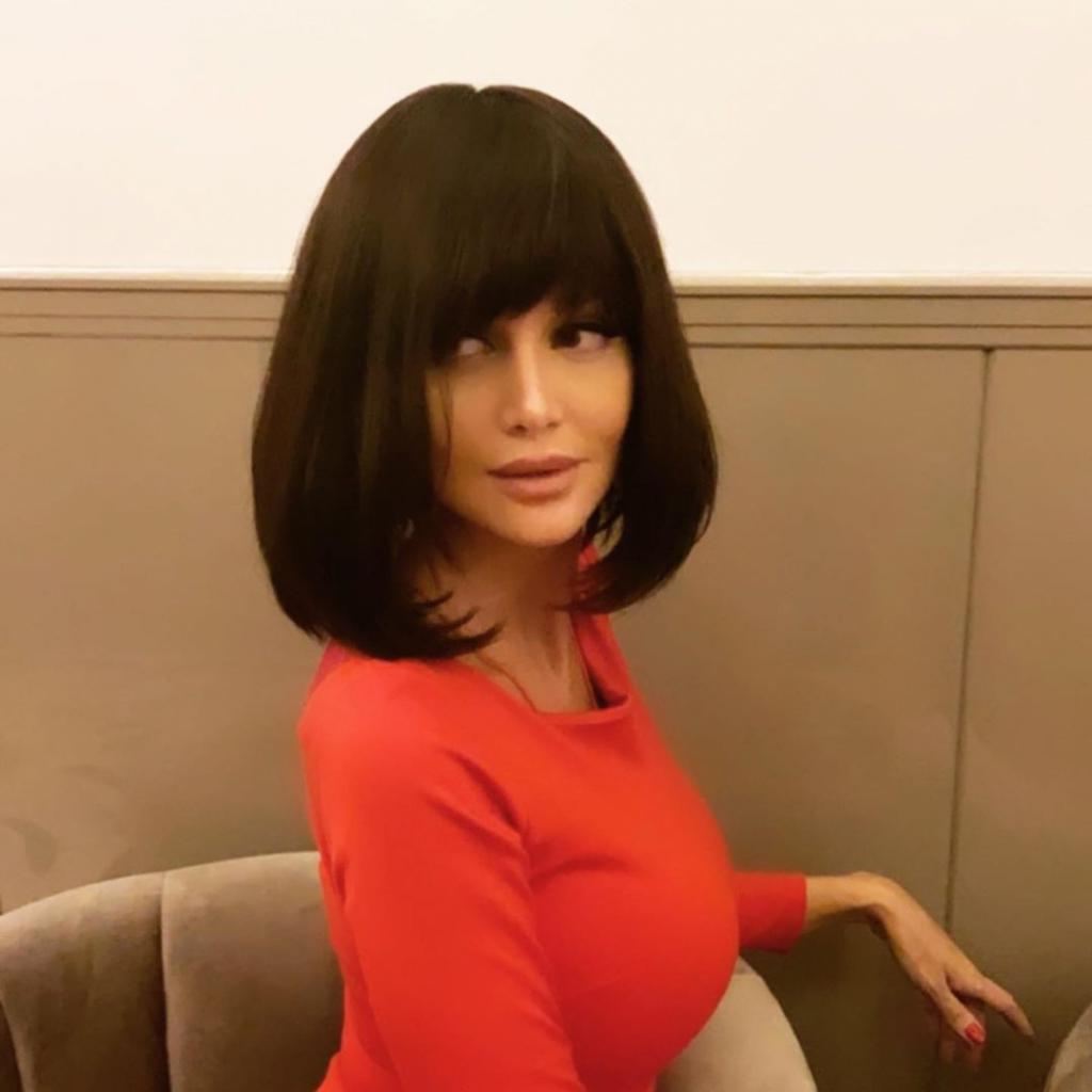 «Надоело быть блондинкой»: после праздников Виктория Лопырева решила резко сменить имидж