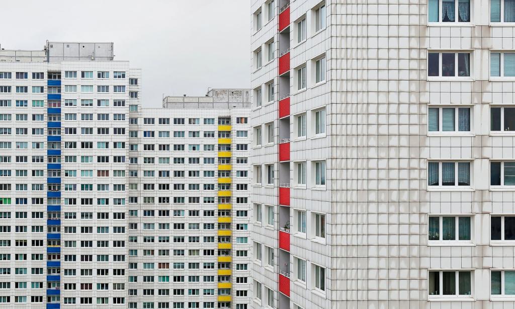 Чудеса типовой застройки: фотографы показали суровую красоту жилых многоэтажек во всей Восточной Европе